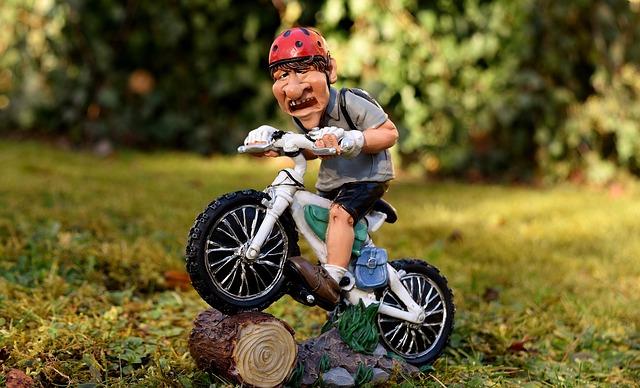 motorkář figurka