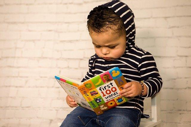 batole u čtení